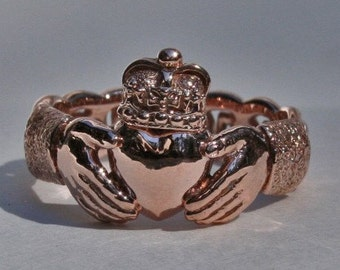 Claddagh ring with Celtic knotwork band in 14k rose gold size 9 1/4