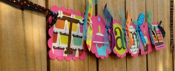 NEW- High Chair Banner-Cupcakes with Sprinkles