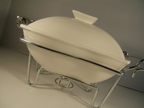 Ceramic Chafing Dish White With Metal Stand