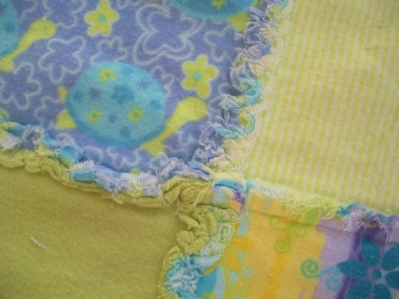 Clearance - Turtle Flannel Rag Edge Quilt