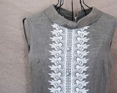 vintage 60s Embroidered Gray Linen Shift Dress Sz M