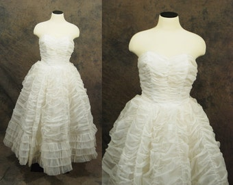 vintage 50s Wedding Dress - White Princess Bridal 1950s Wedding Gown - Ruched Strapless Dress Sz XS