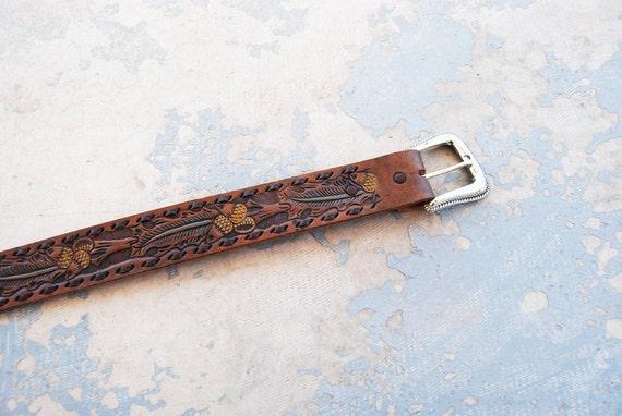 vintage Tooled Leather Belt -  Acorn Brown Handpainted Leather Belt Sz XS S