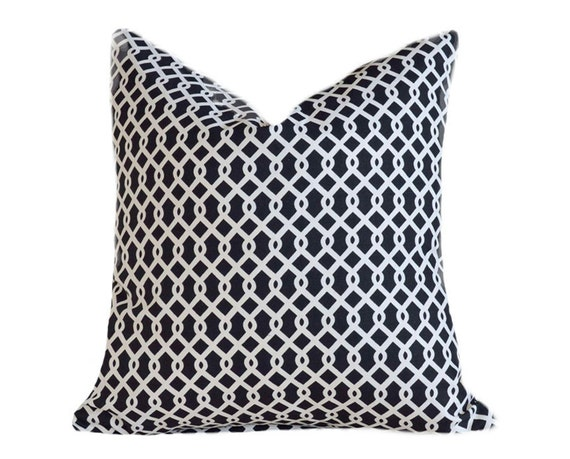Black and White Pillow, Geometric Throw Pillows, Trellis Pillow Cover, Decorative Accent Pillow, Modern, Trendy, Home Decor 18x18
