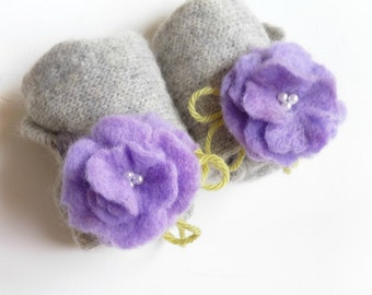 SALE Angora Gloves in Grey with Felted Flowers