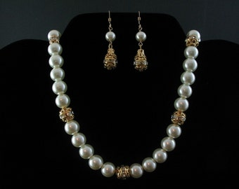 Rhinestone and Glass Pearl Necklace Set. Listing  26890311
