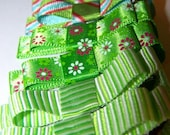 3 sets of green designed hair clippies reserved for mommais10