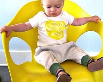 downtown aladdin pants - baby - natural heather/sage green - spring summer fashion - 3-6m