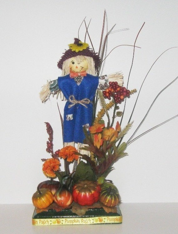 Scarecrow in blue