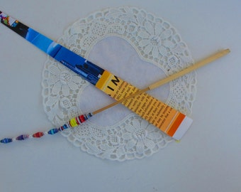Bamboo Paper Bead Roller