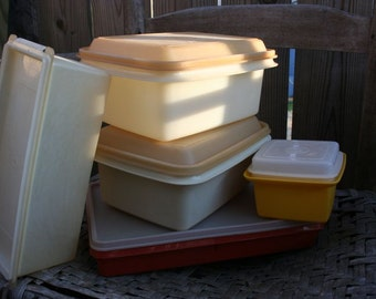 SALE - Vintage Tupperware 5 containers BOX deal