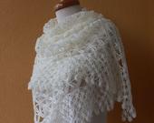 EXPRESS SHIPPING Ivory Shawl Chic Wedding Bridal Wrap Triangle
