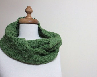 Green Scarf Knitting Cowl Winter Fashion Winter Scarf Women Fashion Holiday. Spring Fashion. Winter Accessories