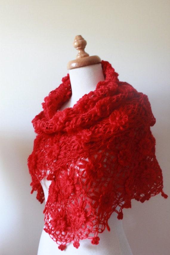 RED SHAWL, Gift Fashion, Spring 2012, Triangle. Spring Fashion