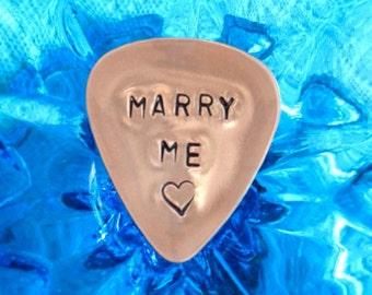 Marry Me, Guitar Pick