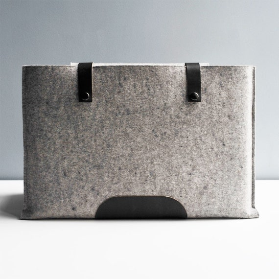15 Inch Laptop Sleeve - Grey Wool Felt and Black\/Brown Leather