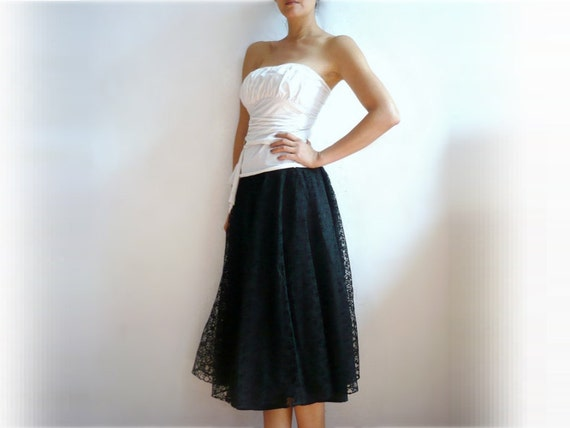 MANU French Vintage Black Lace Knee Length Full Skirt
