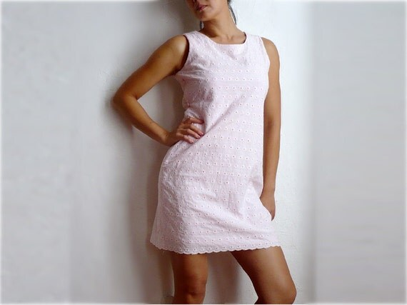 La Vie En ROSE French Vintage Pastel Pink Cotton Lace Dress