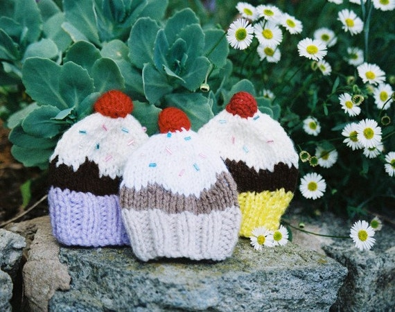 Set of 3 Cupcake - Egg Cup Cozies