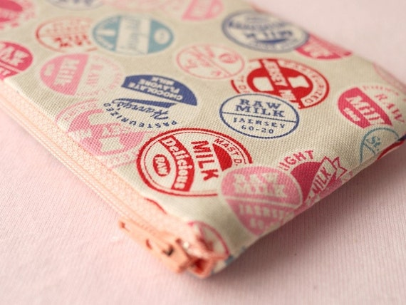 Milky Stamp Mini Zipper Pouch (white)