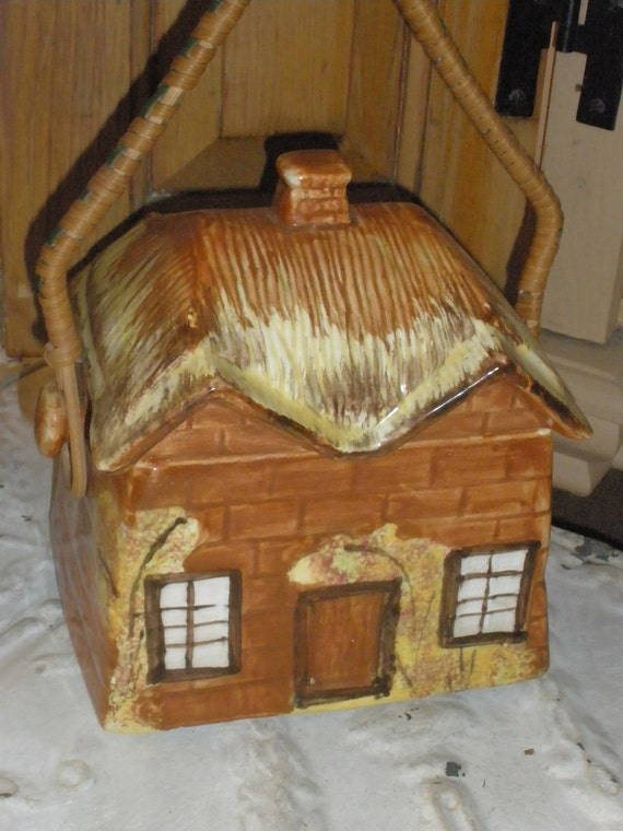 English Cottage Cookie Jar Vintage