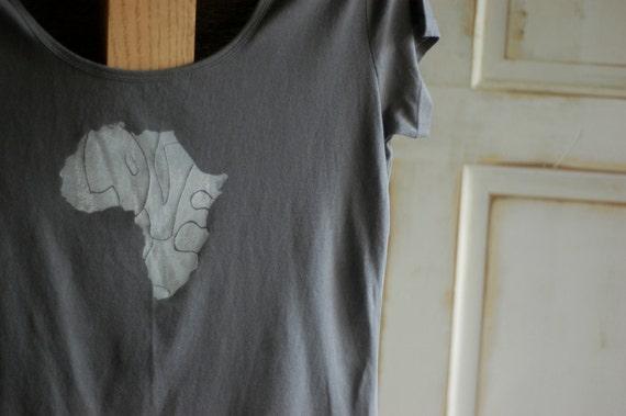 XL Gray and White Women's Organic Africa Love T-Shirt