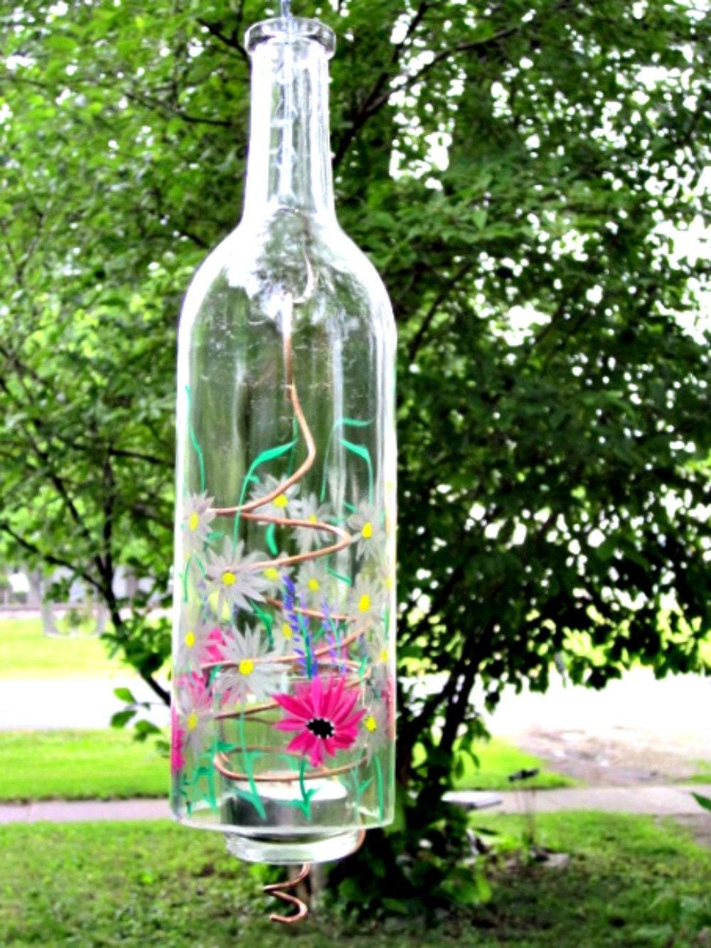 30 creative wine bottle patio lights for Wine bottle patio lights