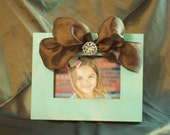 4 x 6 Distressed Wood Picture FRame/Ribbon and Rhinestone