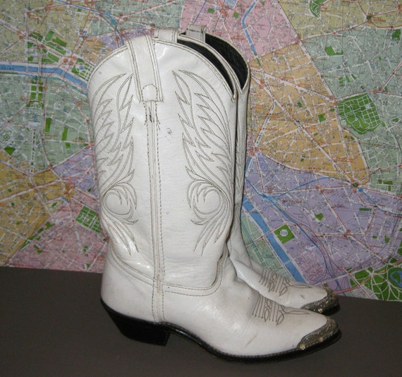 Size 6 Steel Toe Cowboy Boots. Western. White Leather. 80s Vintage.