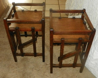Pair of Quartersawn Oak Mission Plant Stands Tables