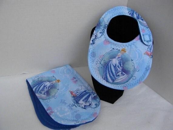 Newborn Baby  Bib and Burp Cloth Set Disney Princess Cinderella