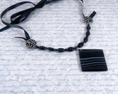 Black and White Banded Agate and Onyx Necklace, Black Necklace, Ribbon Necklace, Gemstone Necklace