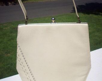 Vintage Life Stride purse patent leather creme topstitched