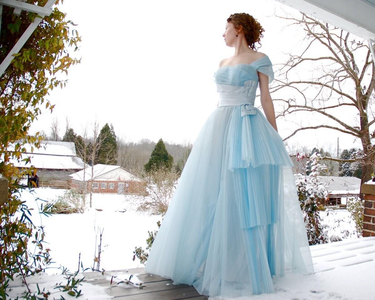Cinderella Dress. Vintage 1950's Blue Tulle / Taffeta