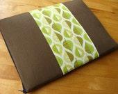 Pressed Leaves Laptop Sleeve in Green - 13-inch Macbook Pro or CUSTOM SIZE