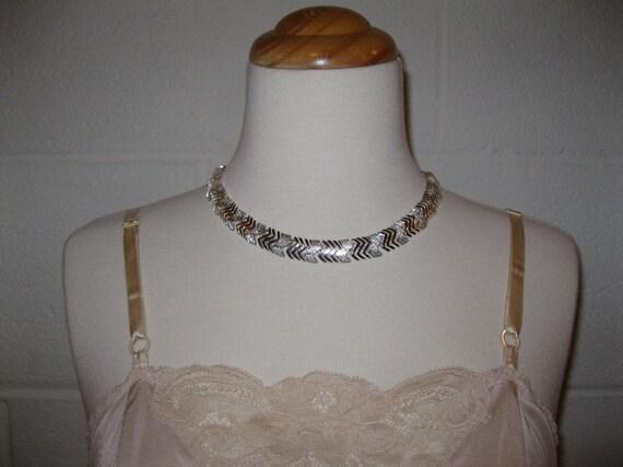 Sale - vintage Choker Necklace Silver tone Napier Chevron Links