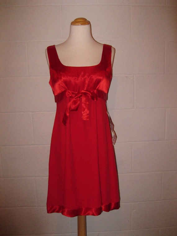 vintage Lipstick Red Cocktail Dress Empire Waist Mini Dress Never worn // size small XS S