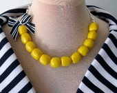 Beads and Bows Yellow Necklace