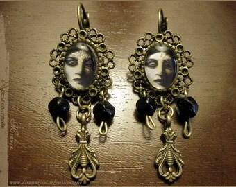 Medusa earrings - illustrated jewelry