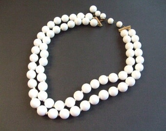 White Bead Marvella Necklace, Double Strand Choker, 1950's 1960's Wedding Bridal Jewelry, Signed Jewelry