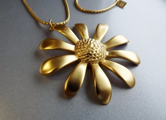 Vintage Anne Klein Flower Necklace Bold Long Costume Jewelry