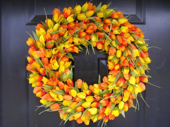Spring Wreath, Tulip Spring Wreath Custom, Spring Decor, Easter Wreath, Housewarming Gift, Orange Tulip Wreath