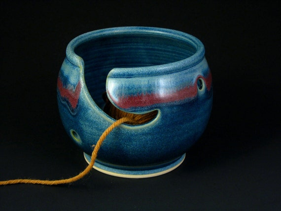 Yarn Bowl - Knitting Bowl in Blue and Red