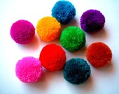 Yarn Pom Pom, party poms, handmade, pompom, yarn balls, pink, green, blue, white, red, black, brown, yellow, 12 poms, tulle, soft, iammie