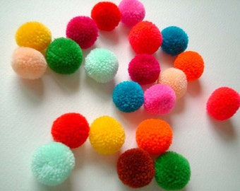 Yarn Pom Pom, party pom pom, beads, balls, handmade, mobile, kid, decoration, yarn bead, yarn button, colorful, iammie, 100 poms
