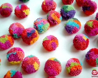 Party Pom Poms, cotton pom pom, yarn pom pom, yarn pompom, wedding, party decoration, button, bead, soft, 100 poms, eco, SALE, discount