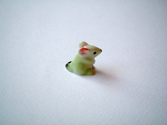 Little Light Green Ceramic Mouse: ceramic animal, little animal, tiny animal, small animal, tiny mouse, hamster, miniature mice, mini mouse