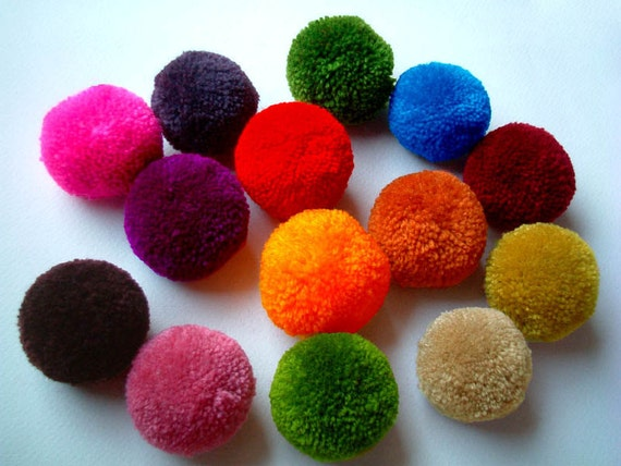 Party Yarn Pom Poms, handmade, pom pom, yarn balls, pink, green, blue, purple, violet, white, orange, red, black, brown, yellow, 5 balls