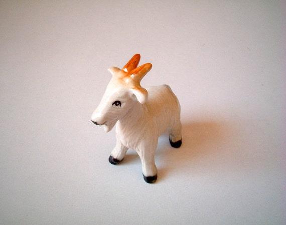 Little White Ceramic Goat: vintage style, mini animal, ceramic animal, tiny animal, little animal, decoration, miniature animal, mini, small