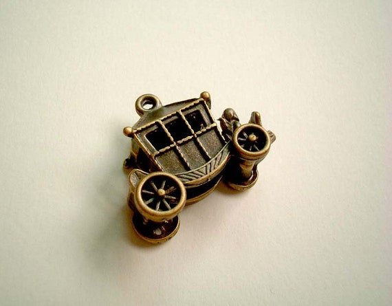 ONE Cute Kawaii Vintage-look Carriage Metal Charm: cartoon, fantasy, fairy, carnival, metallic, small, mini, SALE, discount